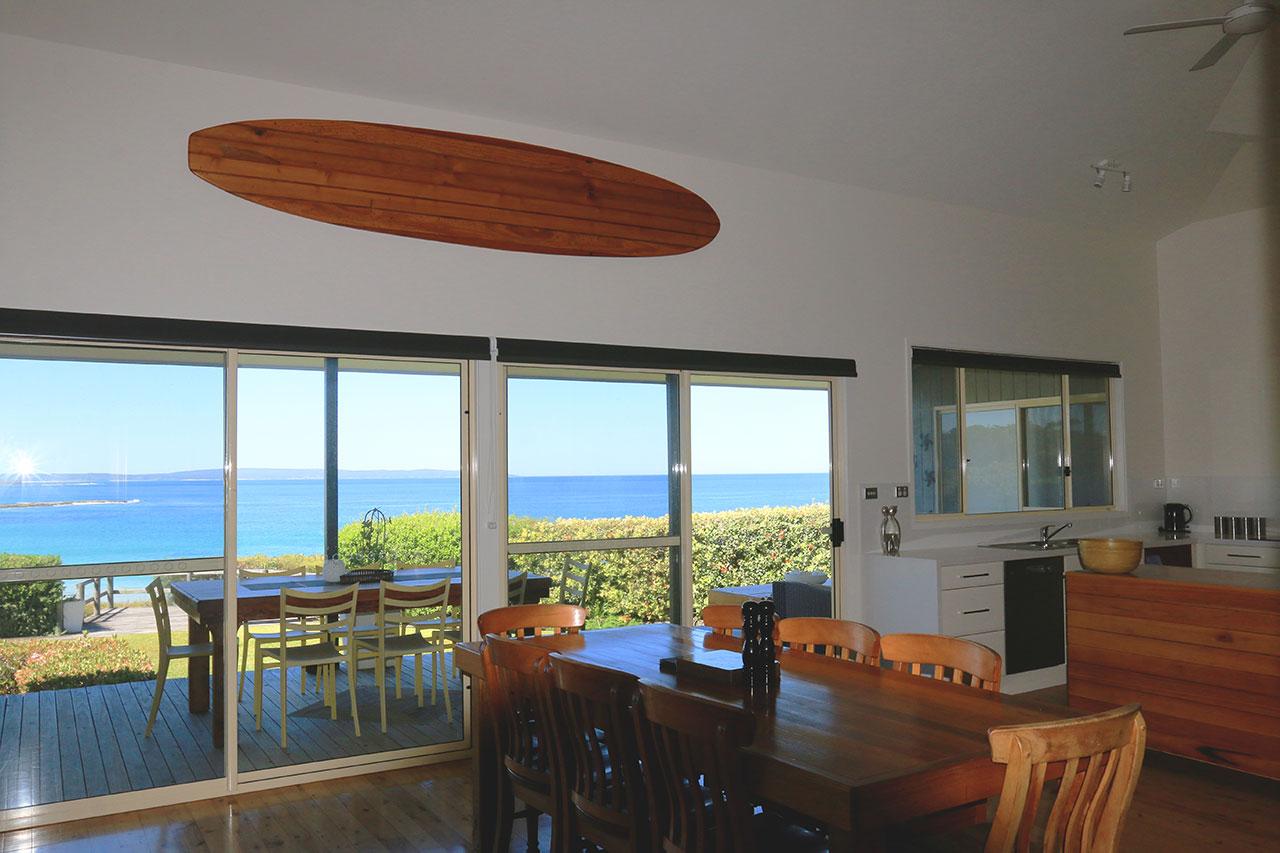 holiday-house-berrara-bunkys-by-the-sea
